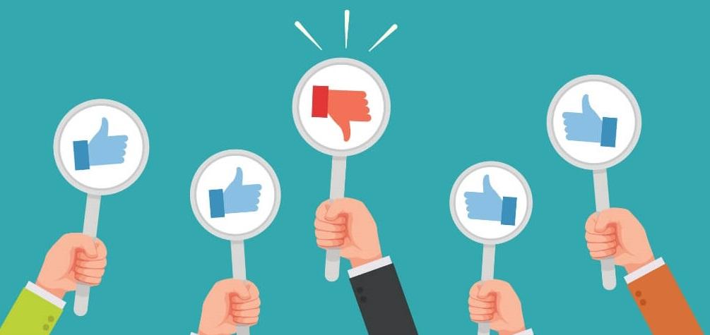 Maneja las criticas en la web