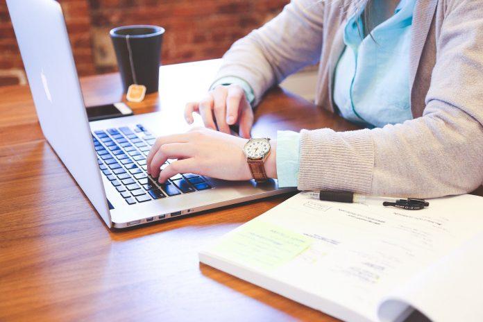 cómo crear cursos por Internet