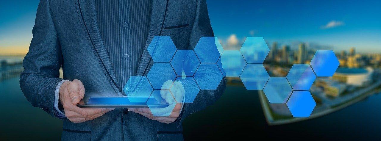 como la tecnología ha mejorado la relación cliente empresa